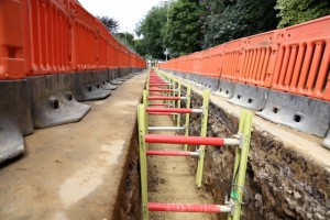 Close look at a trench fitted with MGF Vertishore