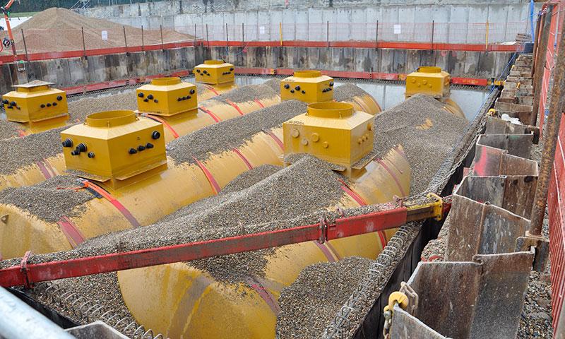 Large tank installation